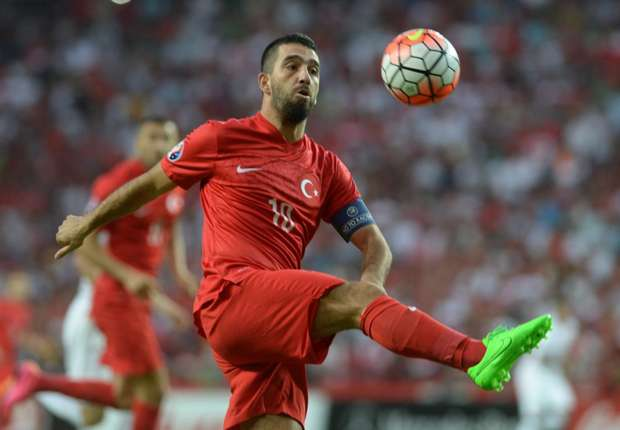 arda-turan-turkey-netherlands-06092015_48ddmuj6nut91rc80txy5bvew
