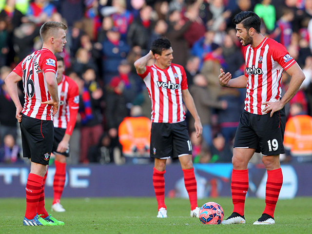 Saints players after going 3-2 down during the The FA Cup match between Southampton and Crystal Palace at the St Mary's Stadium, Southampton, England on 24 January 2015. Photo by Matt Watson.